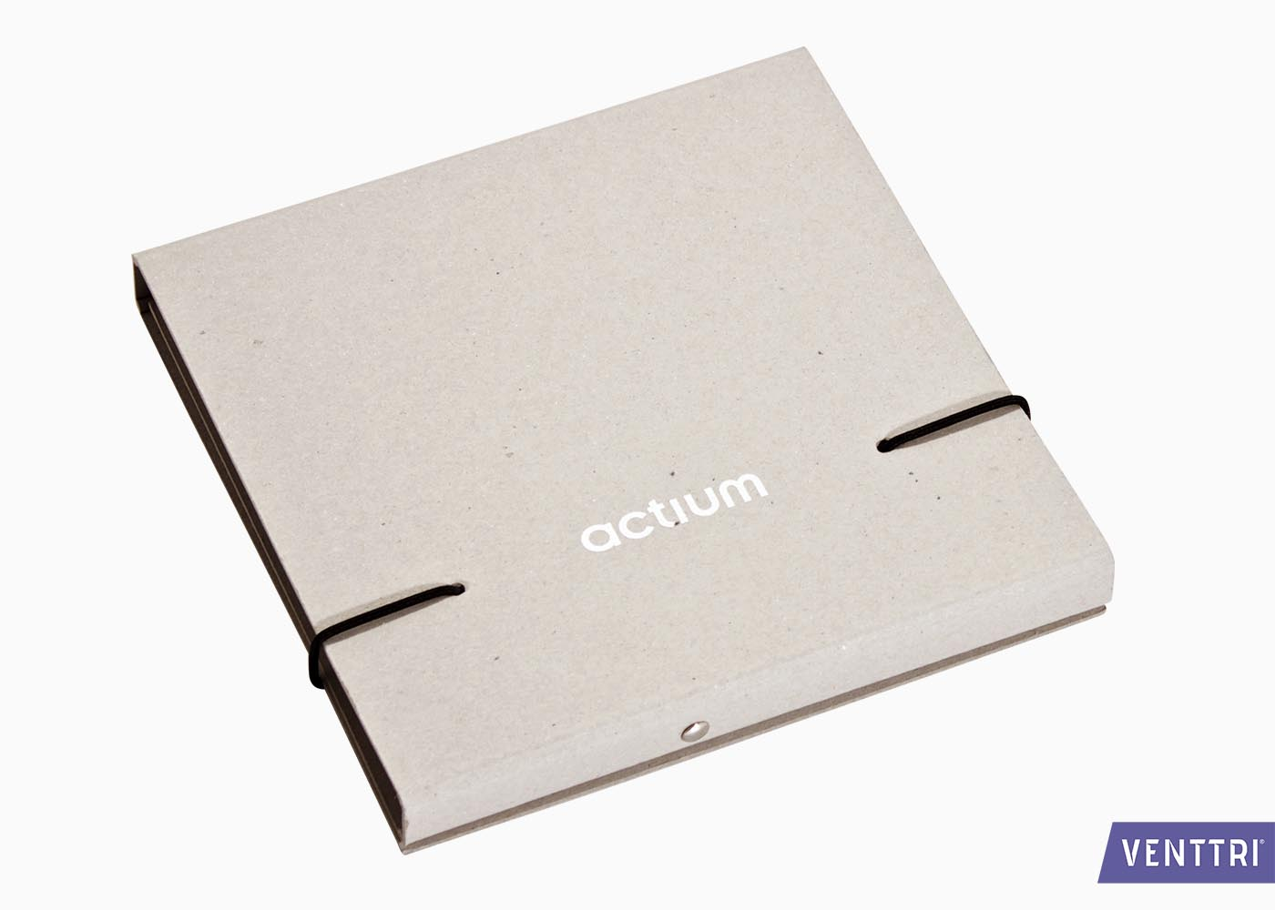 Vierkant mapje in grijsbord 1